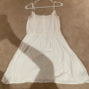 Cute short white dress w buttons and lace